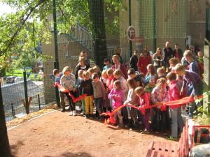 Eröffnung des neuen Spielplatzes