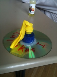 Schwebende CD